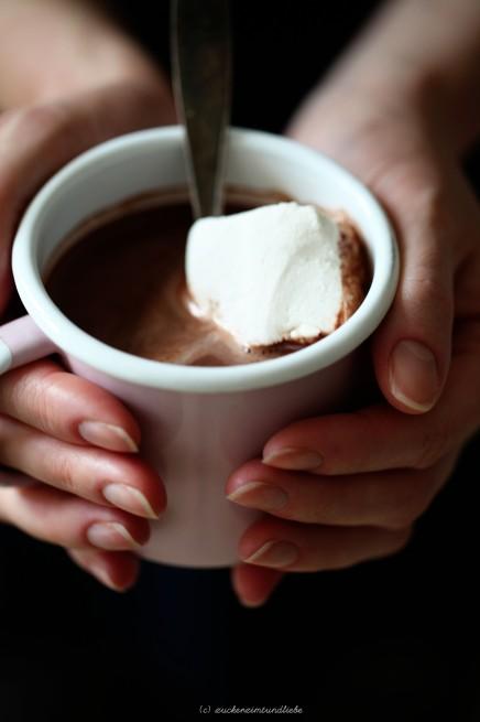 Zuckerzimtundliebe Hot Chocolate Pulver und Marshmallow Zimt