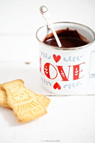 Heisse Schokolade mit Nutella Rezept zucker Zimt und liebe