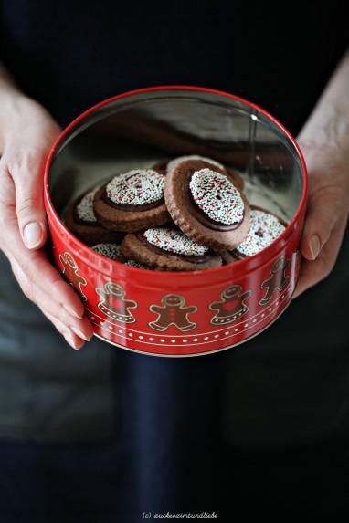 Rotwein Schokoladen Kekse mit Nonpareille