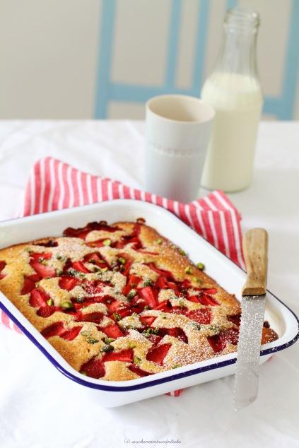 Rezept Erdbeerkuchen Buttermilch Pistazie Obstkuchen Sommer Zuckerzimtundliebe