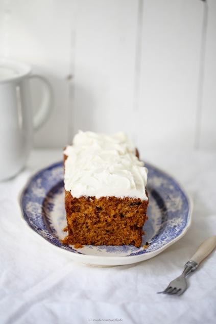 Rezept carrot cake Möhrenkuchen Kastenkuchen mit Frosting Foodblog Zuckerzimtundliebe