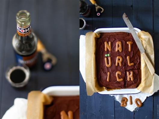 Zuckerzimtundliebe Rezept für Cola Kuchen mit Cola Kakao Frosting Bio natürlich ohne Zusatzstoffe Bionade Cola Foodblog