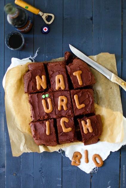 Zuckerzimtundliebe Cola Kuchen mit Cola Kakao Frosting Rezept Bionade Blogger Foodblog