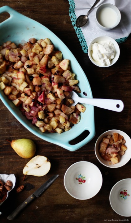 Rezept für Brown Betty mit Birnen und Blaubeeren, gebrannte Mandeln Zuckerzimtundliebe Foodblog Herbst
