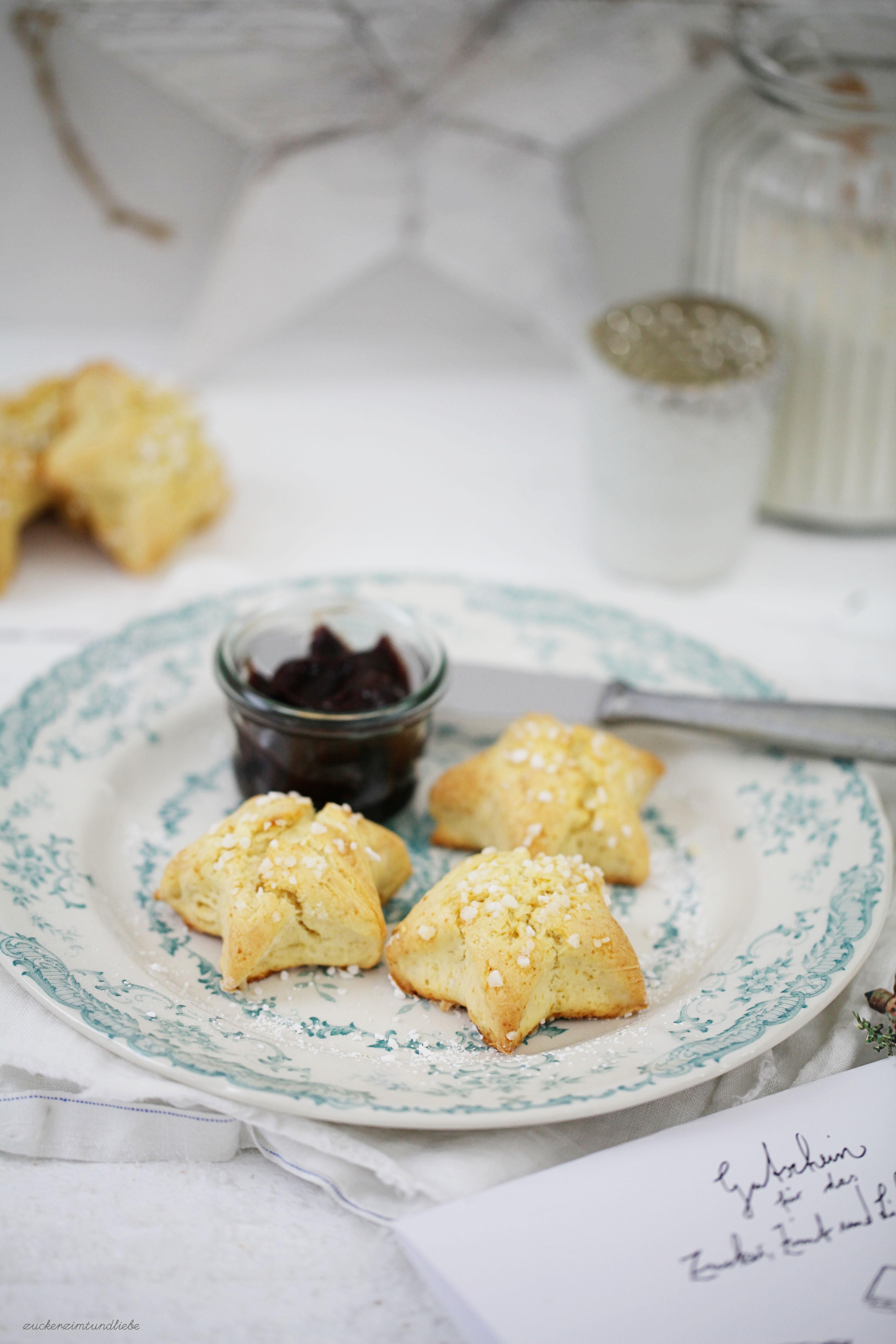 Rezept für Scones Sternscones Marzipanscones Gutschein Backbuch Zuckerzimtundliebe Foodblog Hagelzucker