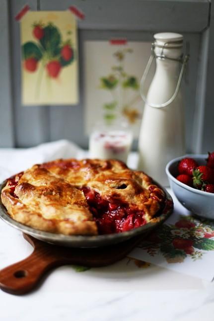 Rezept für Strawberrypie Erdbeerpie einfach Pierezept Erdbeerrezept Tarte Sommerkuchen Backrezept Zuckerzimtundliebe Foodblog