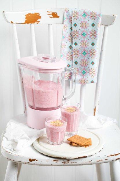 Zuckerzimtundliebe Rezept Himbeer Bananen Cheesecake Shake Smoothierezept Himbeerrezept Sommerrezept KitchenAid Blender Standmixer rosa